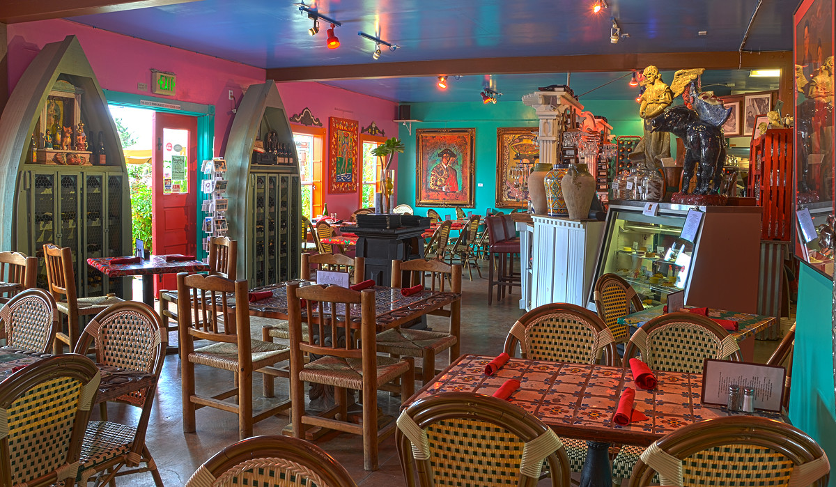 Haute Enchilada Cafe, Gallery & Social Club